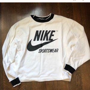 NIKE sportswear crewneck sweater